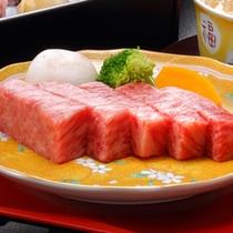 【米沢牛ステーキプラン】不動の人気№1。そのとろけるような食感たるや美味しさの極み。