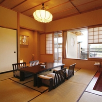 【4F露天風呂付客室】蔵王連峰を一望できる露天風呂付き客室。体も気分も爽快です。