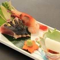 【夏の造里】鰹の藁焼き スルメイカの細造り 甘海老