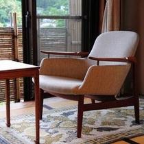 【「ふきや」を彩るデンマークの椅子】 *FINN JUHL(フィン ユール)