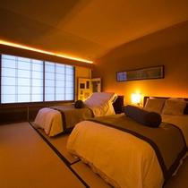 【お部屋:Xタイプ】 *ベッドでお休み頂ける人気のお部屋です。お部屋の檜風呂でも源泉が楽しめます!