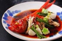 ふわっふわっの金目鯛の煮魚(別注料理)