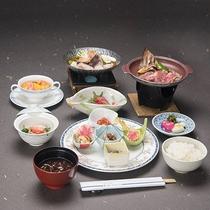 *夕食イメージ/盛り付けにもこだわりのある少食創作膳プラン