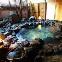 露天岩風呂(昼)
