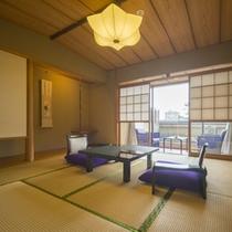 貴賓室『芭蕉庵』は、副間付和室にダブルのベッドルームが付いたスイートルームです。