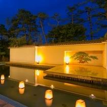 能舞台の美しい夕景