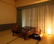 照明の効いた和室