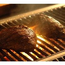 豊後牛モモ肉のロティスリー焼き