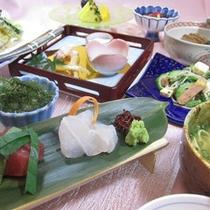*沖縄食材を堪能!琉球会席(一例)