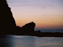 かえる島のシルエット