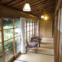 客室「山荘」内観