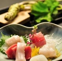 伊豆の旬鮮魚介のお造り