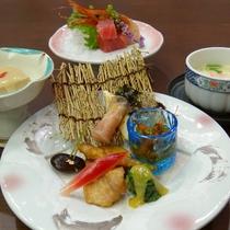 【ご夕食一例】厳選した旬の食材使い、ご提供しております。