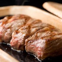 ●追加料理和牛ステーキ