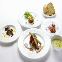 夕食:選べる和洋食(洋食コース)※写真はイメージです