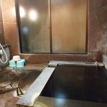 ≪家族風呂≫予約制ではないので、空きがあればいつでもご利用OK!