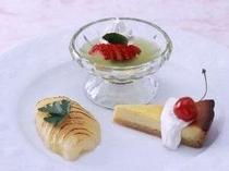 「デザート盛り合わせ」