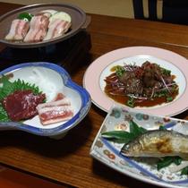 (夕食一例)熊本の季節の味覚をご堪能いただける約10品の会席料理です。