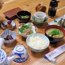 【お食事】朝食一例 地元の旬の食材がたっぷり★