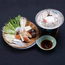 たちしゃぶ【ご夕食一例】さっぱりとした味付け、太刀魚をしゃぶしゃぶしてポン酢でいただく。