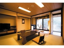 露天風呂付和室【和室8畳+露付デッキ部18平米】