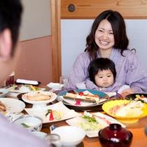 個室で家族でゆっくりお食事を