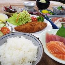 *【スタンダード】夕食一例/こだわりの自家製米が自慢!しっかり食べれる家庭料理に満足♪