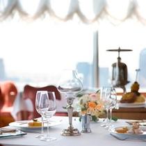 ◇フランス料理「レ セゾン」(23階)