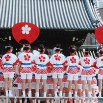 ◆夏/7月25日天神祭は帝国ホテル大阪の目の前で繰り広げられます。