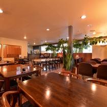 """*レストラン""""麓亭""""/摩周湖で水揚げされた新鮮な""""摩周鯛""""をメインとした和食御膳が並びます。"""