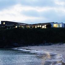 【外観】海から見える当館