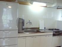 B棟キッチン