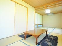 【広間の一例】7名から30名まで宿泊できる広間