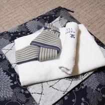 *【客室設備】和室にぴったりの浴衣でごっゆくりとおくつろぎください。