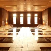 男女兼用、女性専用の2種類のお部屋を備えた【岩盤浴】
