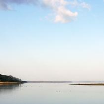 *宿周辺/風蓮湖は2005年にラムサール条約湿地として登録されました。