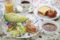【朝食】お客さまの声で人気の手作りパン☆