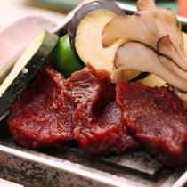 ☆料理_夕食_鹿肉石焼 (2)