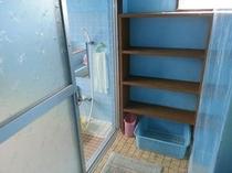 女性用お風呂の脱衣所