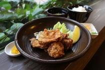 鶏唐揚げ定食(麦キッチン)