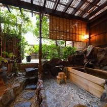 檜の露天風呂付き客室 風呂全体