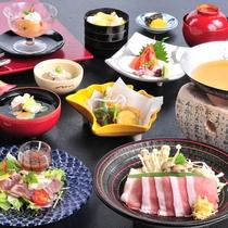 豚バラの粕鍋や、鰹炙りのサラダなど、目と舌で涼を味わう秋の会席料理(11/5までのお料理例)