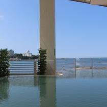 【潮風】潮風かおる、解放感あふれるオーシャンビューの露天風呂