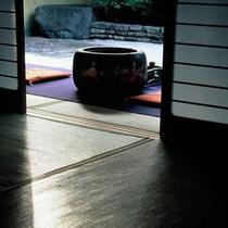 露天風呂付客室「福寿草縁側」