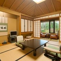 客室の一例(10畳+広縁)