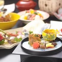 彩り豊かなお料理の数々
