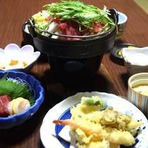 夕食(すき焼きコース)の一例