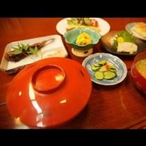 おかみの愛情夕食(一例)