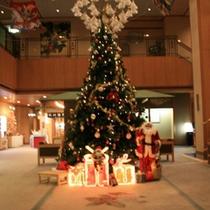熱川温泉一高いクリスマスツリー