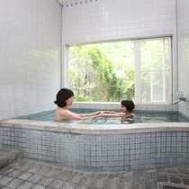 【本館の内風呂】 貸切風呂